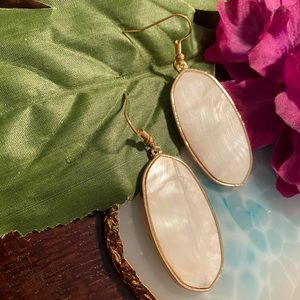 Large Oval Gold Marbleized Drop Earring - White